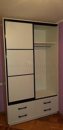 Шкаф купе в спальню с модулем шухляд