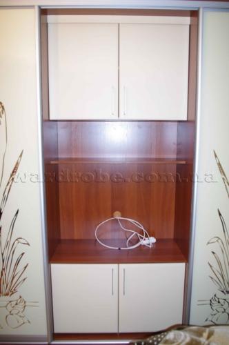 отделение для телевизора в шкафу купе