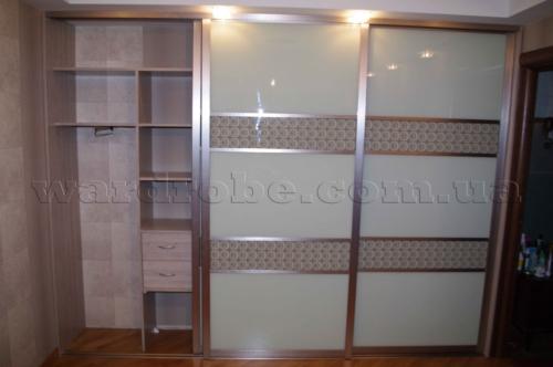 встроенный шкаф купе в спальню, лево