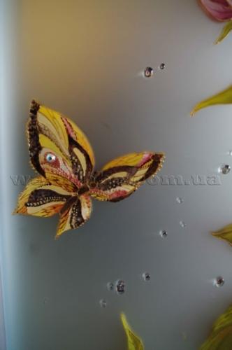 бабочка на зеркале сатин